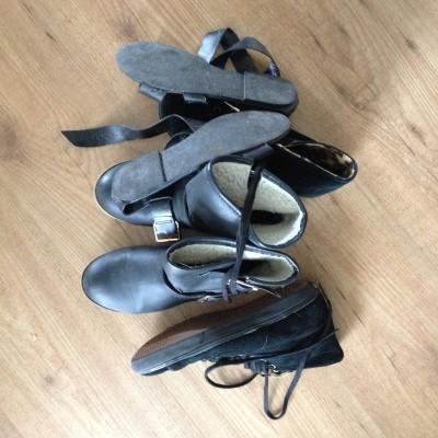 Ik ergerde me al heel lang aan een deel van mijn schoenencollectie. Allemaal oude troep en veel te goedkoop. Maandag besloot ik er definitief afscheid van te nemen. Al heb ik nog geen vervanging...