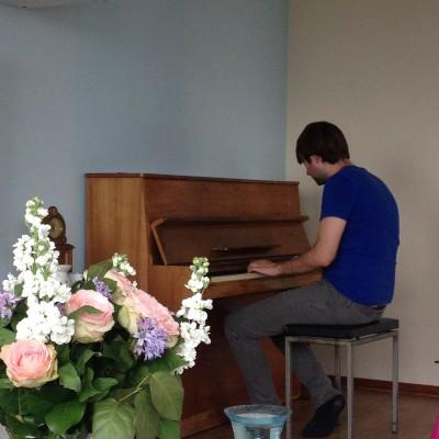 Thuisgekomen had ik een dolgelukkige echtgenoot. En een piano, dus!