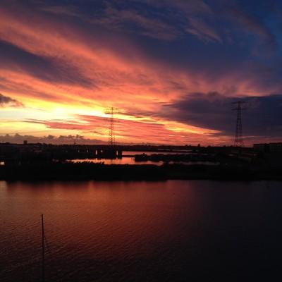Zondagavond, net nadat ik het vorige weekoverzicht maakte, brak deze prachtige sunset door. Ik kan er geen genoeg van krijgen!