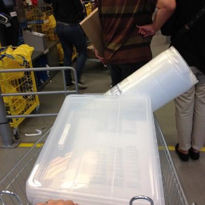 Na mijn date met Shirley ging ik nog even snel naar de Ikea. Iets met hormonen. Laat me maar.