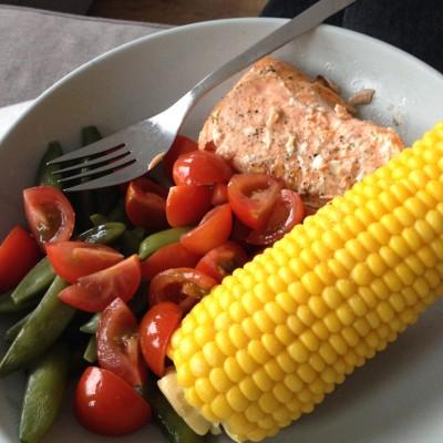 's Avonds aten we lekker gezond. Zalm is de enige vis die ik lekker vind.