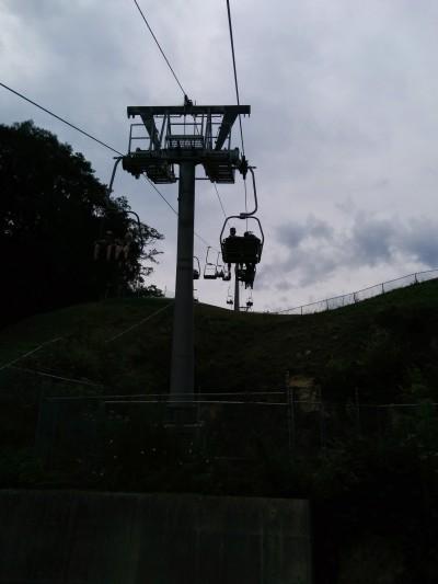 We zijn ook traditiegetrouw weer een keertje met de kabelbaan de berg op gegaan in Valkenburg.
