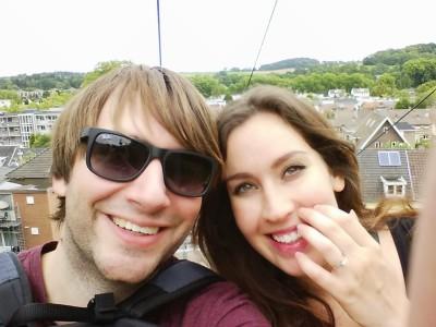 Aah kijk, een selfie van mijn man en mijzelf! Onze laatste vakantie zonder baby. Gek hoor!