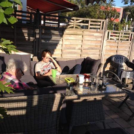 We hadden ook net goed nieuws gekregen over mijn oma's gezondheid. Feest dus! :-)
